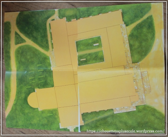 construis-ta-cathedrale-usborne-1