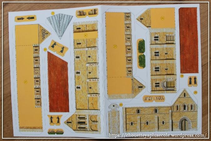 construis-ta-cathedrale-usborne-3
